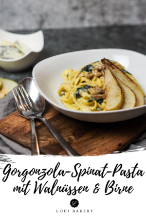 Gorgonzola-Spinat-Pasta mit Walnüssen & Birne