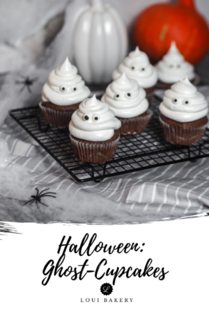 Halloween Cupcakes _ Ghost Cupcakes